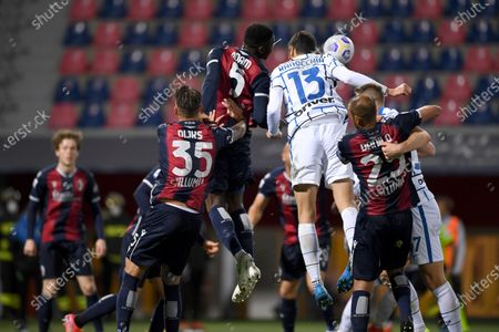 "Mitchell Dijks (Bologna)Adama Soumaoro (Bologna)Andrea Ranocchia (Inter)Danilo Langeria (Bologna)Milan Skriniar (Inter)       during the Italian ""Serie A"" match between Bologna 0-1 Inter  at  Renato Dall Ara Stadium in Bologna, Italy."