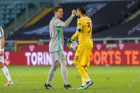 Wojciech Szczesny of Juventus FC and Salvatore Sirigu of Torino FC during the Serie A football match between Torino FC and Juventus FC at Olympic Grande Torino Stadium on April 03, 2021 in Turin, Italy. Final result: 2-2