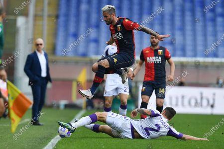Lucas MARTINEZ QUARTA (Fiorentina), Valon Behrami (Genoa)