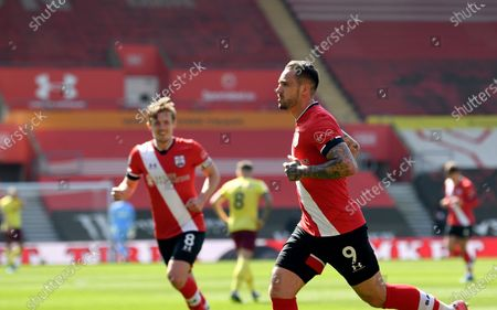 Southampton's Danny Ings celebrates after scoring his side's second goal during the English Premier League soccer match between Southampton and Burnley at St. Mary's Stadium in Southampton, England