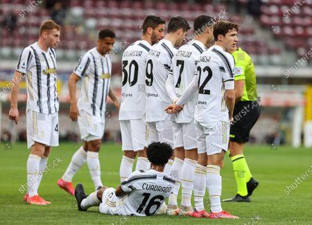Juan Cuadrado of Juventus FC, Federico Chiesa of Juventus FC, Cristiano Ronaldo of Juventus FC, Alvaro Morata of Juventus FC, Rodrigo Bentancur of Juventus FC