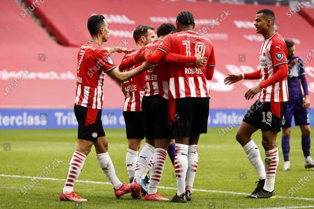 Stock Picture of (L-R) Eran Zahavi of PSV Eindhoven, Mario Gotze or PSV Eindhoven, Donyell Malen or PSV Eindhoven, Pablo Rosario or PSV Eindhoven, Cody Gakpo or PSV Eindhoven celebrate the 1-0 goal during the Dutch Eredivisie soccer match between PSV Eindhoven and Heracles Almelo at the Phillips stadium in Eindhoven, The Netherlands, 04 April 2021.