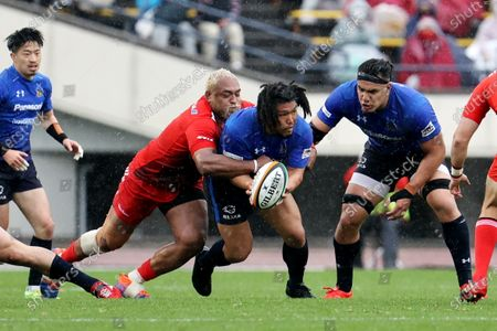 (L-R) Isileli Nakajima, Shota Horie - Rugby : Japan Rugby Top League 2021 match between Kobelco Steelers 13-13 Panasonic Wild Knights at Kobe Universiade Memorial Stadium in Kobe, Japan.