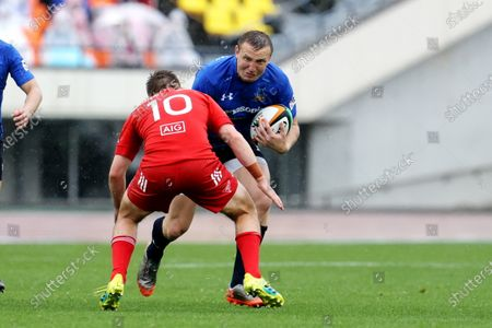 (L-R) Hayden Parker, Hadleigh Parkes - Rugby : Japan Rugby Top League 2021 match between Kobelco Steelers 13-13 Panasonic Wild Knights at Kobe Universiade Memorial Stadium in Kobe, Japan.