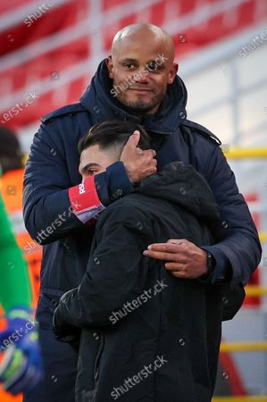 Anderlecht's head coach Vincent Kompany and Anderlecht's Anouar Ait El Hadj celebrate after winning a soccer match between Royal Antwerp FC and RSC Anderlecht, Monday 05 April 2021 in Antwerp, on day 32 of the 'Jupiler Pro League' first division of the Belgian championship.