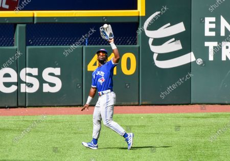Toronto Blue Jays center fielder Jonathan Davis #3 makes a catch for an out in the bottom of the third inning during an Opening Day MLB game between the Toronto Blue Jays and the Texas Rangers at Globe Life Field in Arlington, TX Albert Pena/CSM