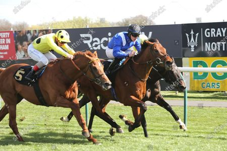 MASHMOOR (9) ridden by Richard Kingscote and trained by Sir Michael Stoute winning the Mansionbet Bet 10 Get 20 Novice Stakes over 1m  at Nottingham Racecourse, Nottingham