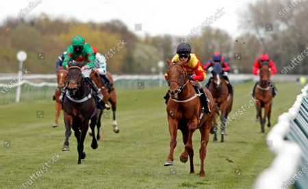 SIR RON PRIESTLEY (right, Franny Norton) beats OCEAN WIND (left) in The Mansionbet Barry Hill Further Flight Stakes Nottingham