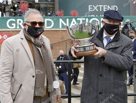 Owners Jedd Mason with Sir Alex Ferguson after winning The Betway Bowl Chase a Grade One treble Aintree 8.4.21Pic Dan Abraham