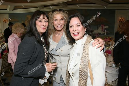 Anjelica Huston, Ann Turkel and Jolene Schlatter