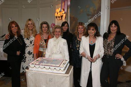 Barbara Davis and friends Raquel Welch, Alana Stewart, Nancy and Dana Davis, Joanna Poitier, Jackie Collins and Anjelica Huston