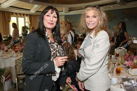 Anjelica Huston and Ann Turkel
