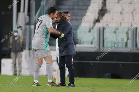 Gianluigi Buffon (Juventus FC) and Andrea Pirlo celebrates tha victory