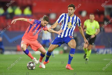 Jorge Luiz Frello Jorginho of Chelsea FC and Marko Grujic of Porto FC
