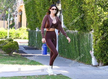 Kendall Jenner is seen arriving at pilates