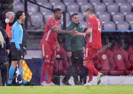 Jerome Boateng #17 (FC Bayern Munich) will be replaced, Niklas Suele #4 (FC Bayern Munich) will be replaced