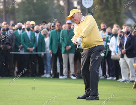 Honorary starting golfer Jack Nicklaus tees off at the first tee to start the first round of the 2021 Masters Tournament at the Augusta National Golf Club in Augusta, Georgia, USA, 06 April 2021. The 2021 Masters Tournament is held 08 April through 11 April 2021.