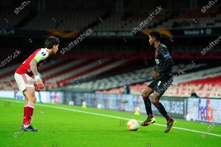 Peter Olayinka of Slavia Prague showboats in front of Hector Bellerin of Arsenal - sequence 4 of 5