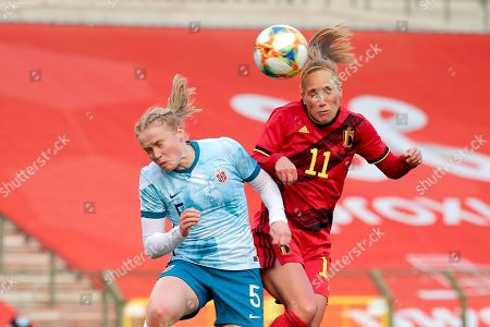 Julie Blakstad (5) of Norway and Janice Cayman (11) of Belgium