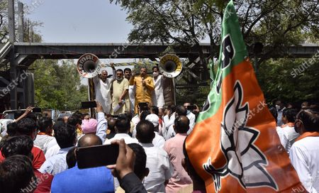 BJP Delhi President Adesh Gupta and LoP Ramvir Singh Bidhuri lead the Delhi farmers protest near Delhi CM Arvind Kejriwal residence in their demand from Kejriwal government to fulfill their promise of giving an amount 50% above the MSP to farmers on April 8, 2021 in New Delhi, India.