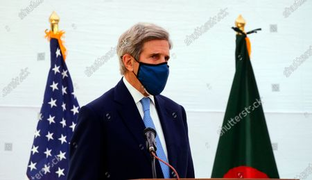 Special US envoy on climate, John Kerry speaks at a  joint news conference with Bangladesh Foreign Minister Dr AK Abdul Momen in Dhaka, Bangladesh, 09 April 2021. Kerry is expected to invite Prime Minister Sheikh Hasina to attend the Global Leaders Summit on Climate Change hosted by US President Joe Biden on 22 and 23 April.