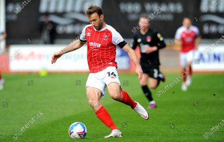Andy Williams of Cheltenham Town on the ball- Mandatory by-line: Nizaam Jones/JMP