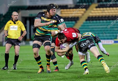 Northampton Saints vs Ulster. Ulster's James Hume comes up against Fraser Dingwall of Northampton Saints