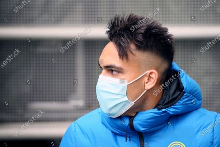Lautaro Martinez of FC Internazionale looks on during the Serie A match between FC Internazionale  and Cagliari Calcio at Stadio Giuseppe Meazza on April 11, 2021 in Milan, Italy. Sporting stadiums around Italy remain under strict restrictions due to the Coronavirus Pandemic as Government social distancing laws prohibit fans inside venues resulting in games being played behind closed doors.