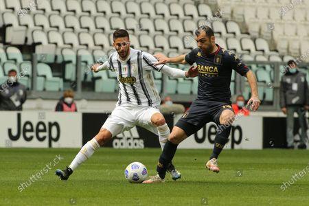 Goran Pandev (Genoa AFC) vs Rodrigo Bentancur (Juventus FC)