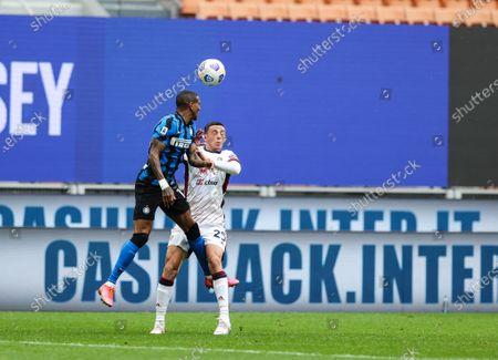 Ashley Young of FC Internazionale fights for the ball against Gabriele Zappa of Cagliari Calcio