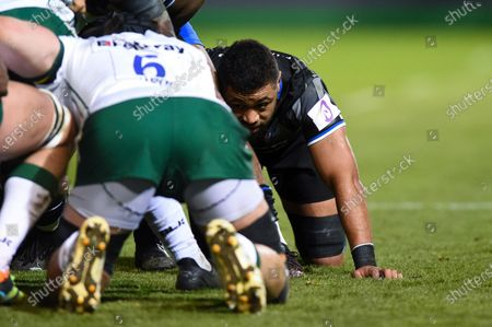 Taulupe Faletau of Bath Rugby looks on at a scrum