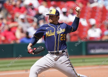 Milwaukee Brewers starting pitcher Brett Anderson delivers a pitch to the St. Louis Cardinals in the third inning at Busch Stadium