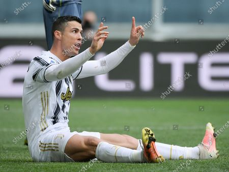 (210412) - TURIN, April 12, 2021 (Xinhua) - FC Juventus' Cristiano Ronaldo reacts during a serie A football match between FC Juventus and Genoa in Turin, Italy, April 11, 2021.