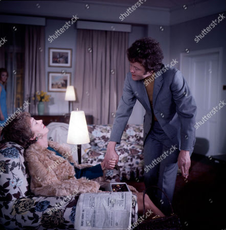 Mrs. Roden, as played by Madge Ryan, and Mort Roden, as played by Dudley Sutton