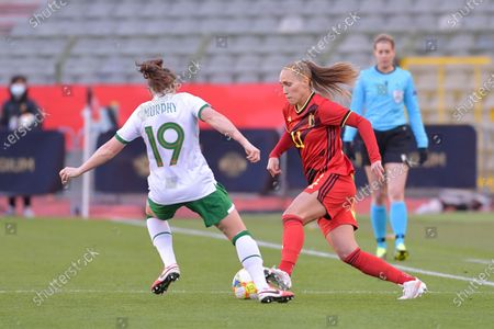Janice Cayman (11) of Belgium and Allison Murphy (19) of the irish Republic pictured during a friendly female soccer game between the national teams of Belgium, called the Red Flames and The Republic of Ireland