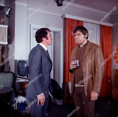 Kevin O'Malley, as played by Roy Desmond, and Jeff Randall, as played by Mike Pratt