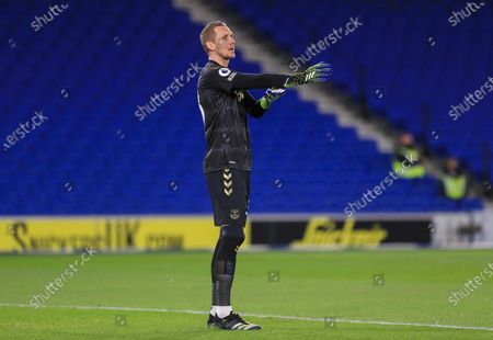 Everton goalkeeper Robin Olsen (33) gestures during the Premier League match between Brighton and Hove Albion and Everton at the American Express Community Stadium, Brighton and Hove