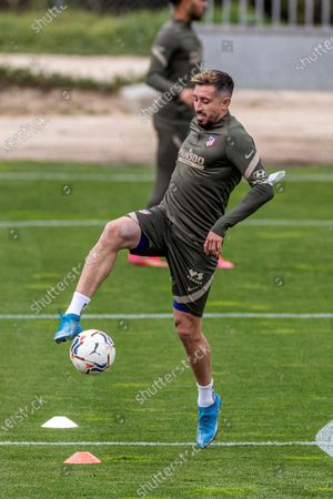 Atletico Madrid's Hector Herrera attends a training session of the team at Wanda sports city in Majadahonda, Madrid, Spain, 13 April 2021. Atletico Madrid will face Eibar on 18 April on a Spanish LaLiga soccer match.
