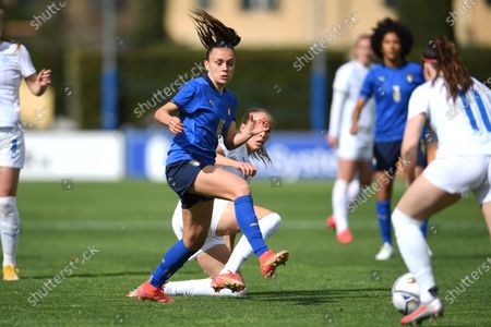 "Annamaria Serturini (Italy)Anna Bjork KristjanSdottir (Iceland)                during the Uefa ""Women s Euro 2022 England Qualifications"" match between Italy Women 1-1 Iceland Women  at Enzo Bearzot  Stadium in Florence, Italy."