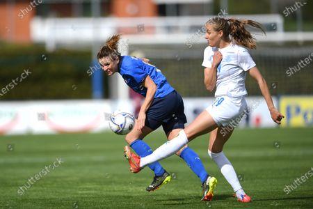 "Cristiana Girelli (Italy)Anna Bjork KristjanSdottir (Iceland)                during the Uefa ""Women s Euro 2022 England Qualifications"" match between Italy Women 1-1 Iceland Women  at Enzo Bearzot  Stadium in Florence, Italy."