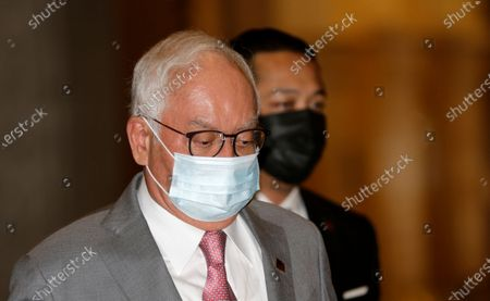 Malaysia's former prime minister Najib Razak arrives at the Court of Appeal in Putrajaya, Malaysia, 14 April 2021. Malaysia's Court of Appeal continues the hearing on the former prime minister's bid to set aside his conviction on corruption charges in a case linked to a multibillion-dollar scandal at state fund 1Malaysia Development Berhad (1MDB).