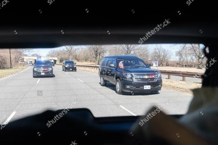 The motorcade, carrying Vice President Kamala Harris, drives along the George Washington Memorial Parkway Wednesday, March 3, 2021, en route to Fibre Space in Alexandria, Virginia. (Official White House Photo by Lawrence Jackson)