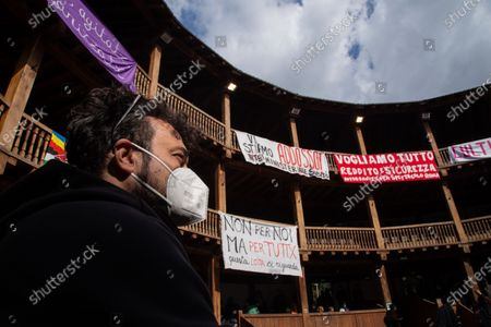 People during occupation of Globe Theater in Rome
