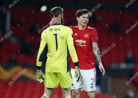 Victor Lindelof of Manchester United with goalkeeper David De Gea