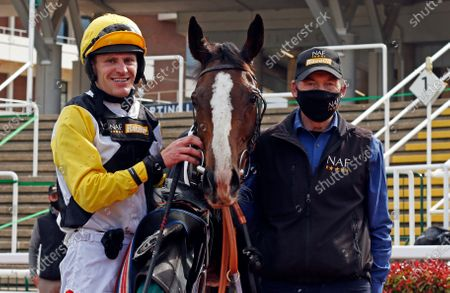 WIN MY WINGS (Nick Scholfield) after The Catesby Estates PLC Mares Handcap Chase Cheltenham