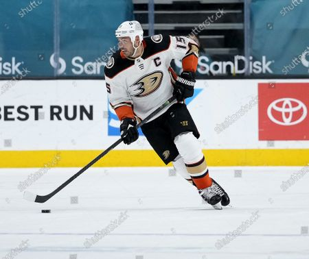 Anaheim Ducks center Ryan Getzlaf (15) in action against the Anaheim Ducks during the first period of an NHL hockey game, in San Jose, Calif