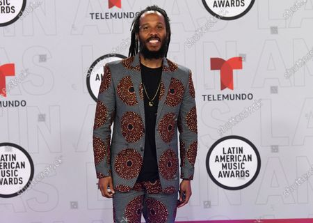 Ziggy Marley arrives at the Latin American Music Awards at the BB&T Center, in Sunrise, Fla