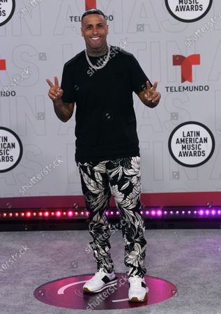 Nicky Jam arrives at the Latin American Music Awards at the BB&T Center, in Sunrise, Fla