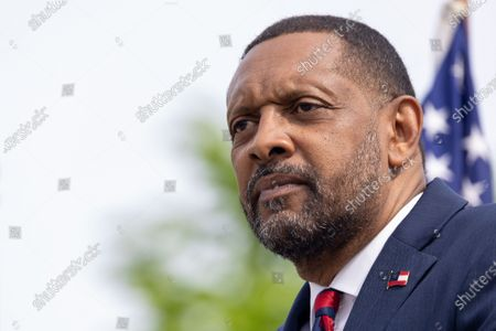 Former State Rep. Vernon Jones announces his campaign for Georgia Governor in front of the state capitol in Atlanta, Georgia on April 16th, 2021.