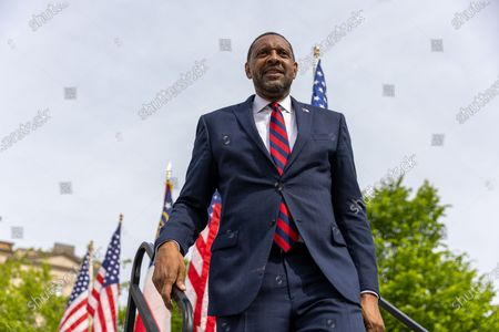 Former State Rep. Vernon Jones gets off stage after his campaign announcement for Georgia Governor in front of the state capitol in Atlanta, Georgia on April 16th, 2021.
